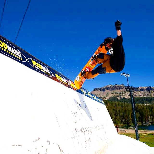 @ryan_tarbell showing some style at the @woodwardtahoe week #1 camp with the @686 crew.  Check out his creative lines in the full edit on @yobeat #propacamba #academykidsrule #goodpeople #greatsnowboards #wallride #snowboard
