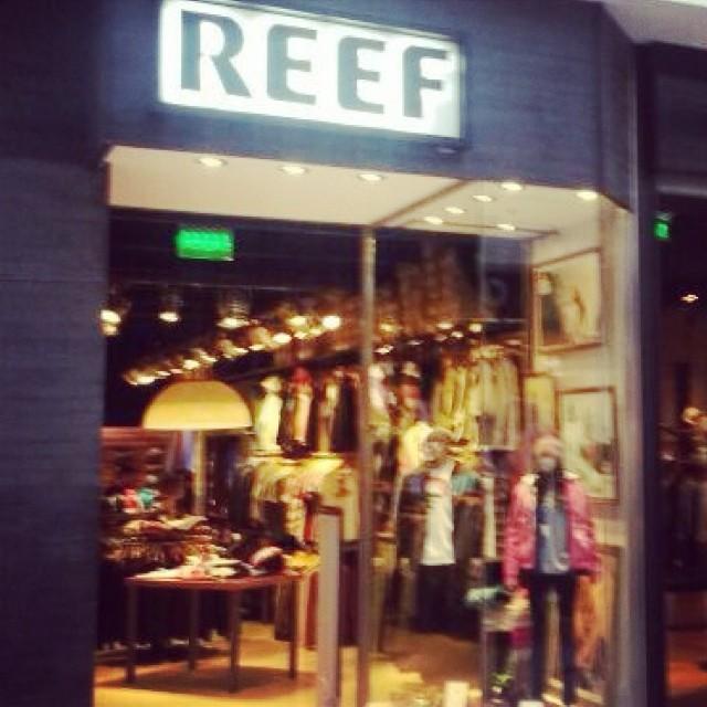 REEF llegó a Alto Avellaneda! Los invitamos a conocer nuestro nuevo store todos los días de 10 a 22hs. #stores  #altoavellaneda #reefargentina