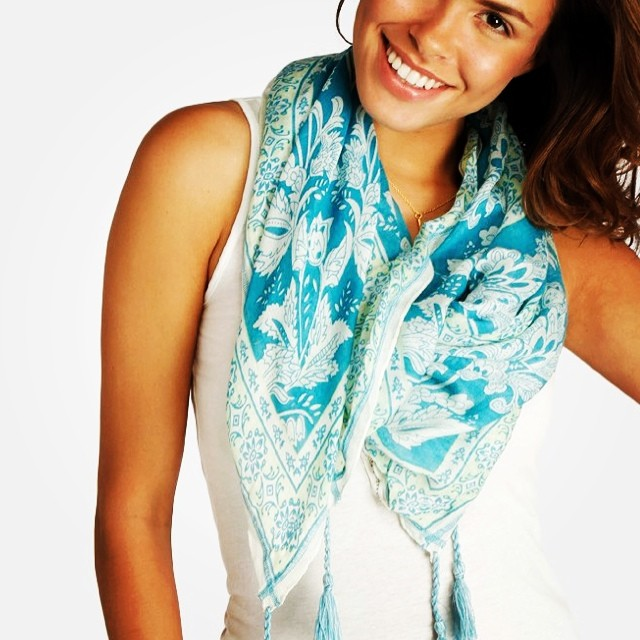 All smiles thanks to a new #summer scarf.  #beachstyle #fashion #scarves #paisley #prints #fringe