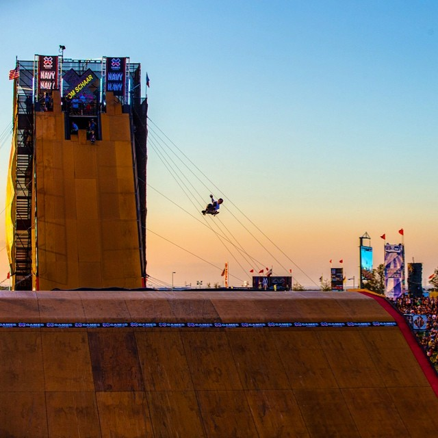 Throwing it back to the golden glow of Austin, Texas. #XGamesAustin #tbt  Photo @petermorning