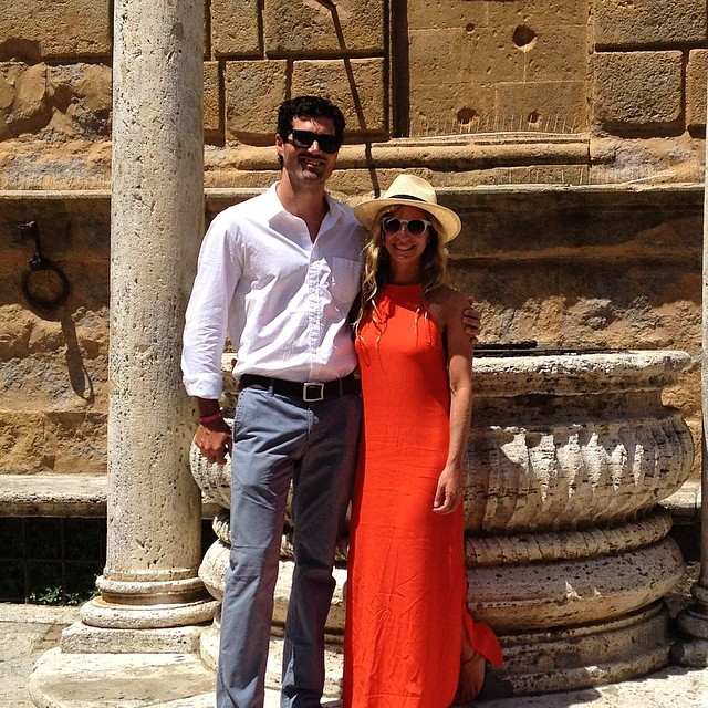 Hot Date @mcelberts #destinationwedding #pienza #tuscany #italy #travel #wanderlust #exploremore #eurotrip #roadtrip