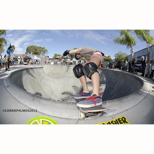 Break out the ChapStick. @jordynbarratt blistering the lip at #EXPOSURE2013. #skateboarding #skateboard #skate #skatelife #skatergirl