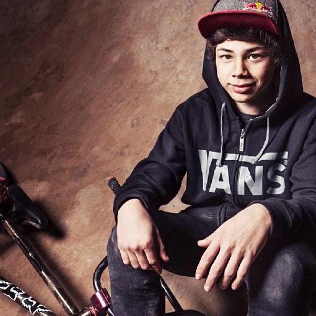 Iñaki Mazza (aka @ikibmx), atleta del #TeamVans, y joven valor del BMX argentino #vansbmx