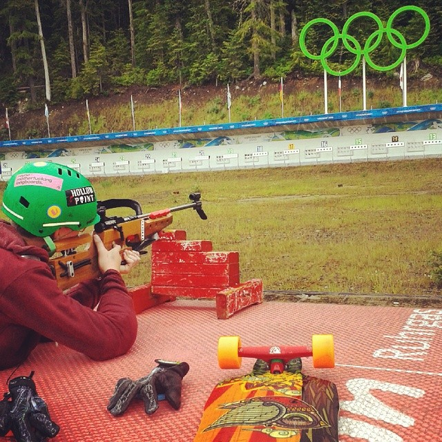 The Whistler #skateandshoot is going down right and we're stoked to be a part of it!  A little rain doesn't stop these riders.  @whistlerlbfest #whistlerskateandshoot #FR7