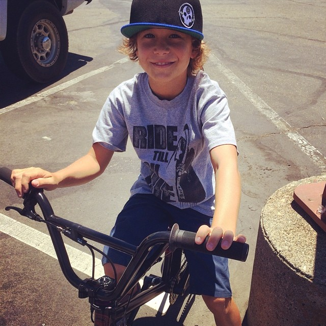 Got to see our little man @ryanslusher_bmx the other day! Always rockin #fdvclothing. Follow him! #bmx #riderowned #grom