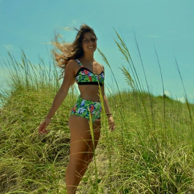 Akela Surf #SurfSwimwear  Tropical