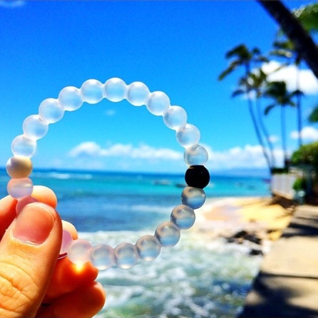 "New definition of ""Monday Blues"" #bluesea #bluesky #livelokai ✌️"