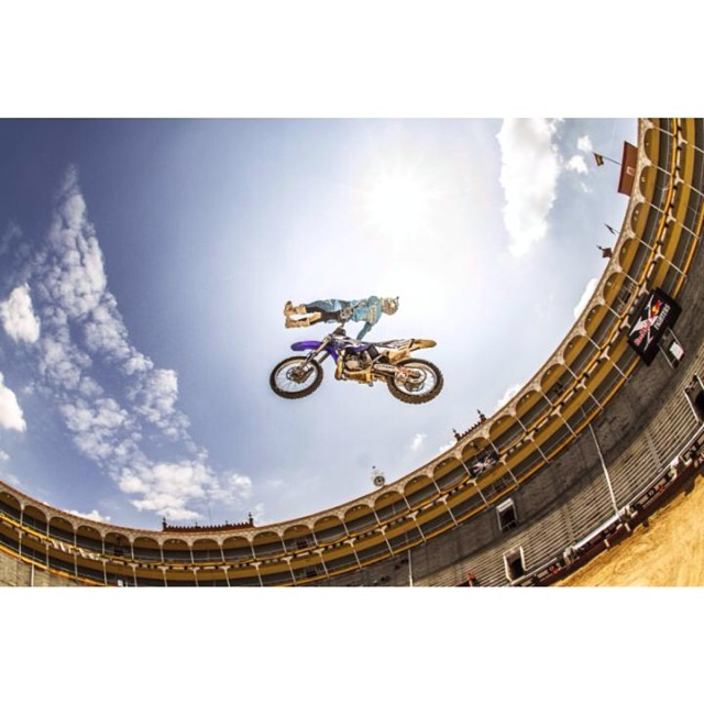 Tune in NOW to catch @RedBullXFighters Madrid on @FoxSports1. @clintmoorefmx by