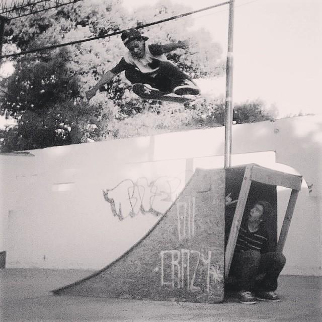 Feliz cumple al pequeño gran Maurito González, skater del #TeamVans. Salud!