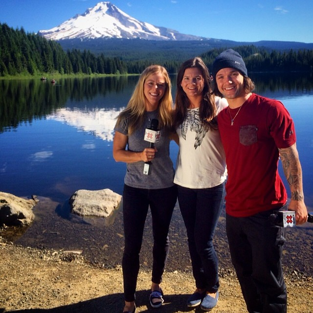 Beautiful day at Mt. Hood! Shooting with @alyroe @kellyclarkfdn and @louievito  #worldofxgames #womenofaction