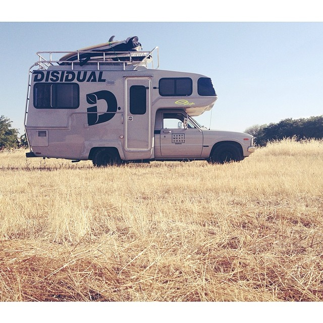 The 1981 toyota super mega ultra deluxe supreme aka the hunch back mouse made it to California! #California  #disidual  #homeiswhereyouparkit #surf #adventure #agenda #agendalongbeach www.disidual.com