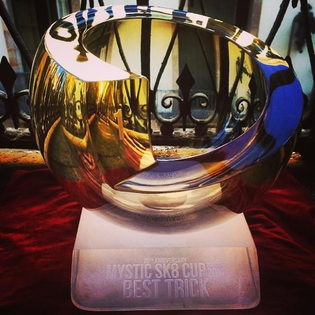 @dariomattarollo se quedó con el 'Best trick' en la Mystic Sk8 Cup de Praga. Groso total. #skate #skatevans #teamvans
