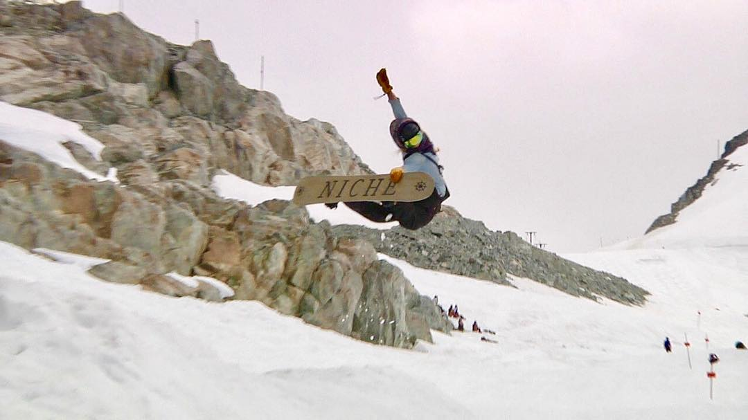 @erikathevikingvikander with a #tweaked #method in #Whistler #WhistlerParks #NicheMinx #snowboarding #yoga #airyoga