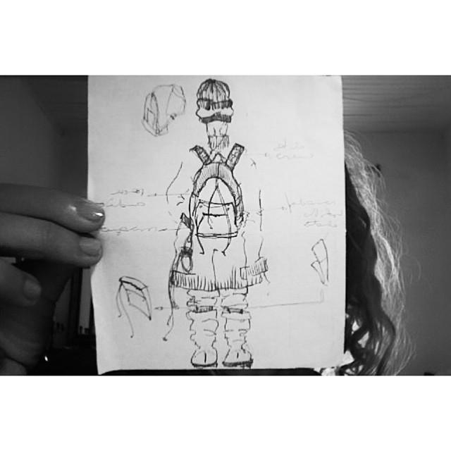 Boceto de la mano de @lenadominica