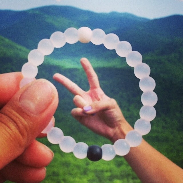 Peace out week!  Enjoy your weekend everyone #livelokai Thanks @mturdr
