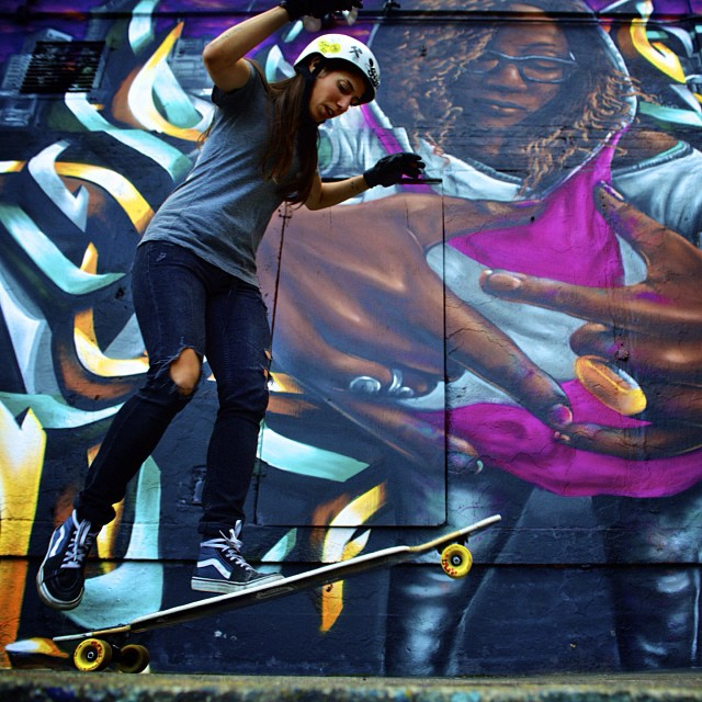 @valeriakechichian skating #graffiti spot 5Pointz in Queens before it gets demolished. Pic Tom Goldwasser #save5pointz