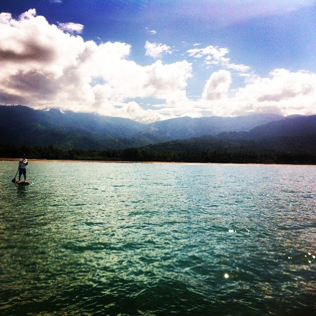 No waves? No problem. We always find a way to amuse ourselves. #sup #suptour #supcostarica #snorkling #bahiaballena #uvita #costarica
