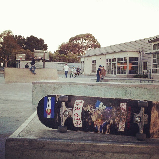 California shreddin' at Foster City, (Ca.) skate park.