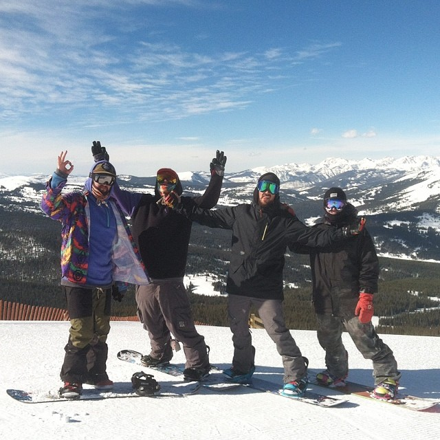 #tbt to an awesome winter trip // stoked for an awesome summer trip to @woodwardcamp @coppermtn // hope the campers are ready for some #happyshredding // #stzlife #snowboard #summershred #professionaloutsider #woodwardcopper