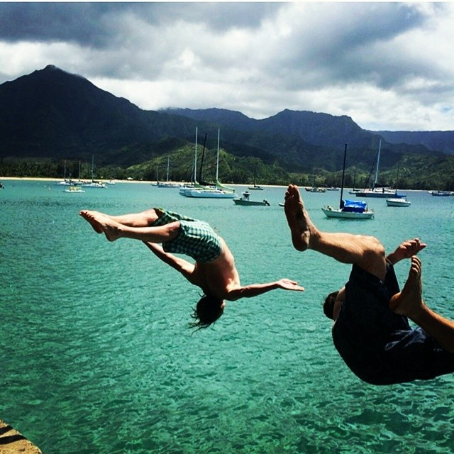 #regram from @nunkanunk of our pier diving fun.