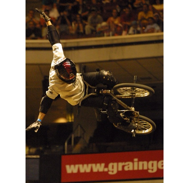 @condorbmx setting the bar back in 2002! Relive his no-handed 900 & more tomorrow on the World of X Games 20 Years, 20 Firsts show at 2pm ET (3pm PT) on ABC. #worldofxgames