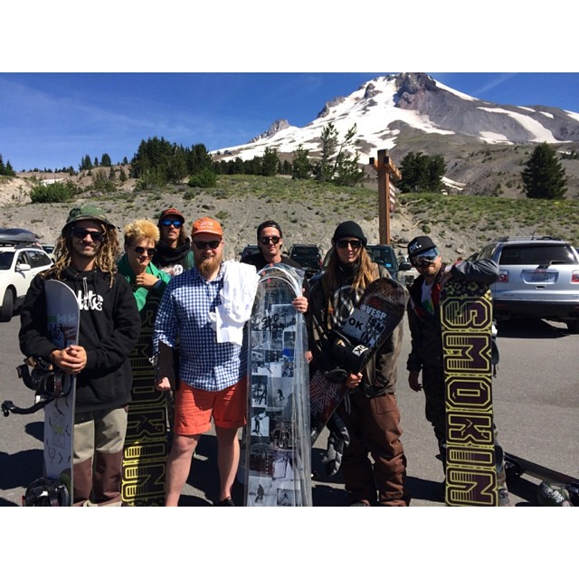 Smokin crew hooking up with Ricky From Timberline, check the custom @timberlinelodge boards we did up for em. #forridersbyridrs