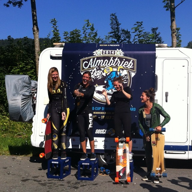 #Almabtrieb womens' podium! Congrats to these and all the rad ladies competing in the first European race of the season 1. @e_coree 2. @tamaraprader  3. @spokywoky 4. Tina Zobel. Almabtrieb was rad! #longboardgirlscrew #girlswhoshred @idfracing