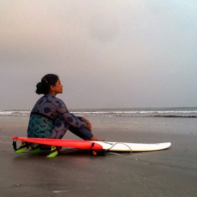 Head over to the blog to read about Nasima Akter, the pioneer of women's surfing in Bangladesh!  #myseealife #bangladesh