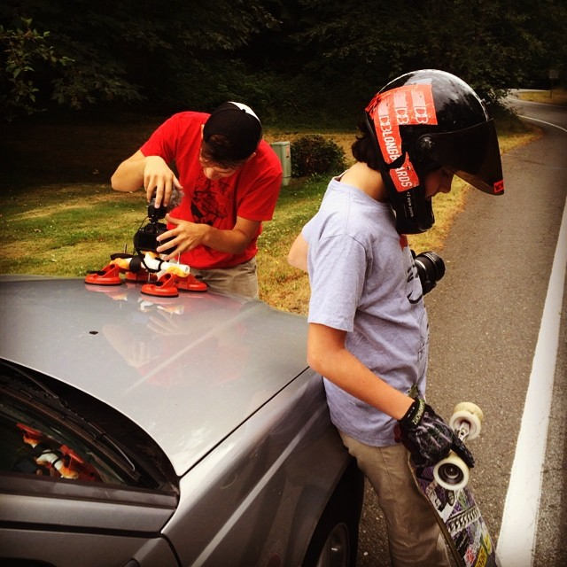 @emmetwhite prepares for his first run of the day while @mikethorr gets the camera mount ready. Today they're out with @johnnysmallskates filming for the next Seattle sixty!  #dblongboards #filming #hoodmount #followruns #seattlesixty #longboarding...
