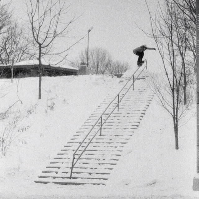 Remembering winter with this banger #38stair #5050 shot of #stevecromp taken by #danwinter in #issue31 #steezmagazine #filmphotography #blackandwhite #snowboarding #urbansnowboarding