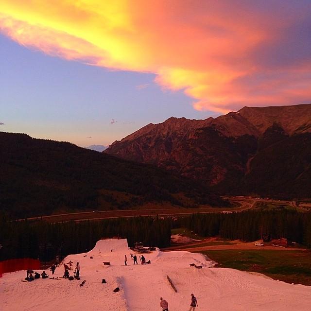 Solid sunset session // thank you @woodwardcopper // #stzlife #colorado #summershred #woodwardcopper #happyshredding