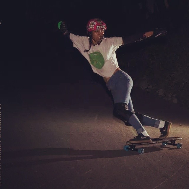 Rad night shot of @pamdiazz ! By De la Cruz Fotografía.  #longboardgirlscrew #girlswhoshred