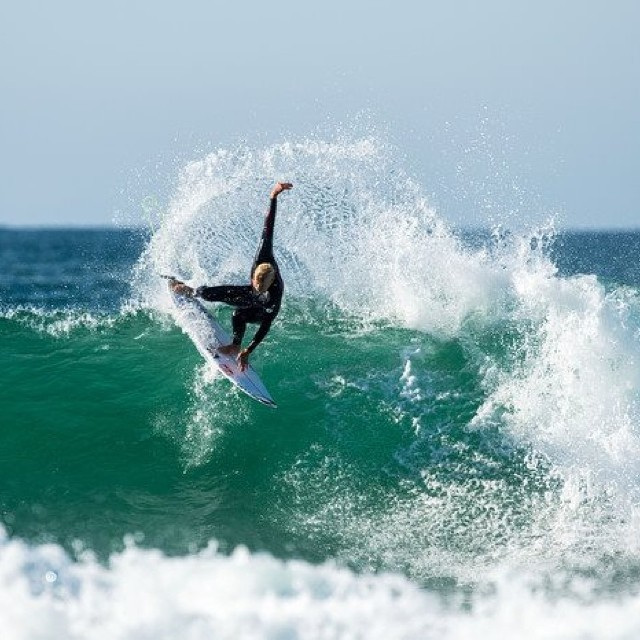 Espectacular sesión de @mfanno en Supertubes, Australia. #soul #surfing #waves #reefargentina http://www.ryanmillerphotography.com/