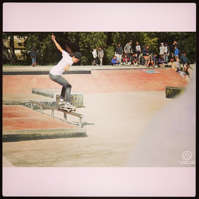 #SkateVicus junto a Heimis Perez: 50-50! @vicusba #skateboarding #skate