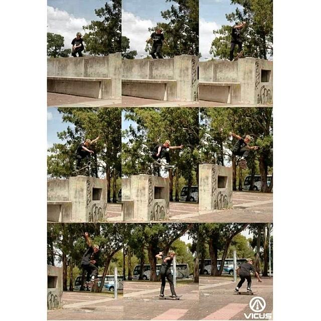#SkateVicus con @amnmontes y su Fs-180 #skate #skateboarding @vicusba
