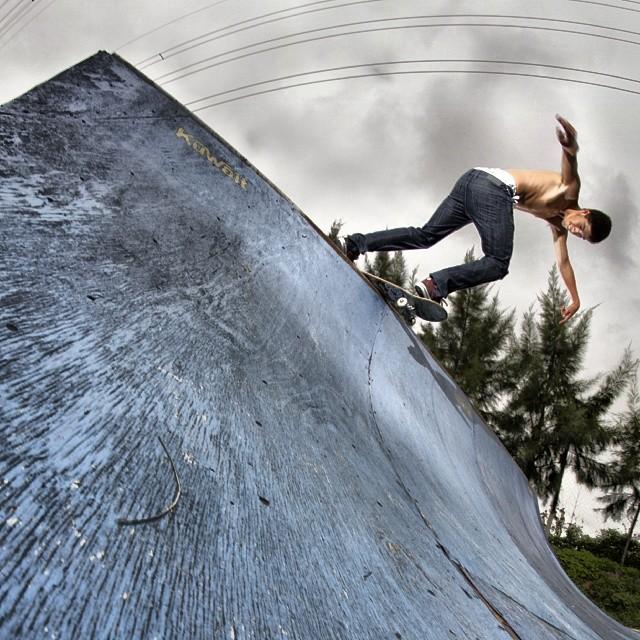 #SkateVicus con @juangb995 y su Bs-Disaster en el bairexpark.