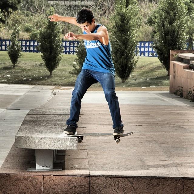 #skatevicus con @nachogalda y su Fs-Tailslide. #skate @vicusba