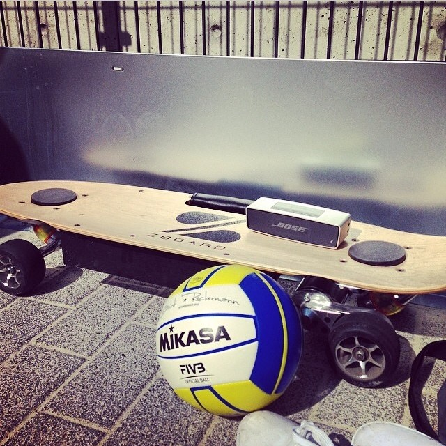 Tunes, VBall, and the Z. Not a bad set up for a sunny Sunday.  Regram from @vitruvo in Germany