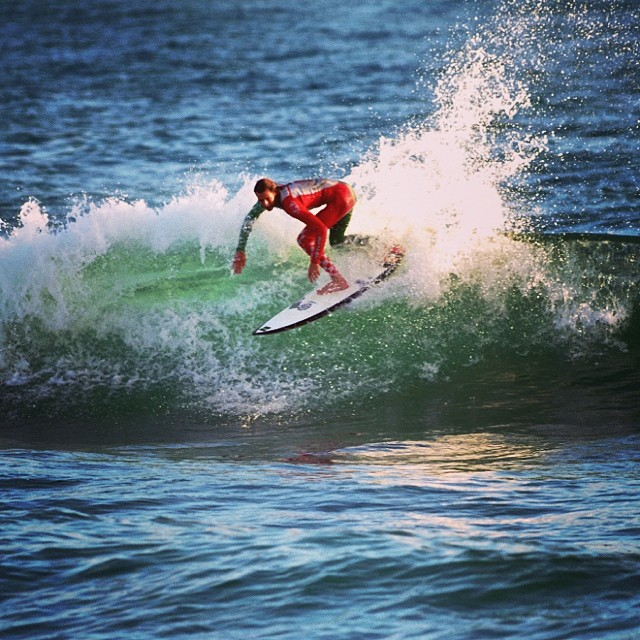 ~ @dylansouthworth ripping in his custom Hotline ~ #HotlineWetsuits #SantaCruz #Mexico #Custom #HandMade