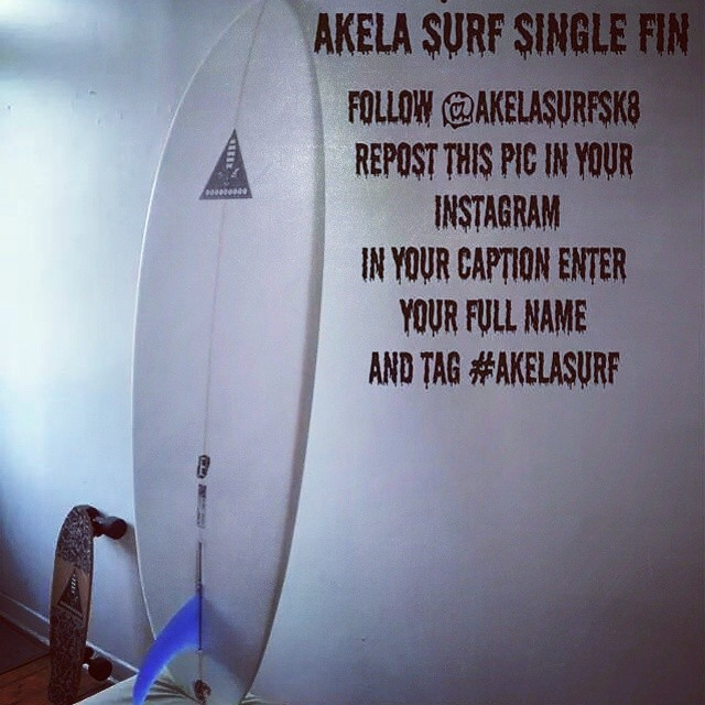 Win #AkelaSurf  Single Fin