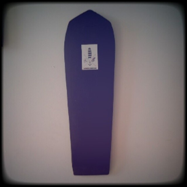 #AkelaSurf The Coffin