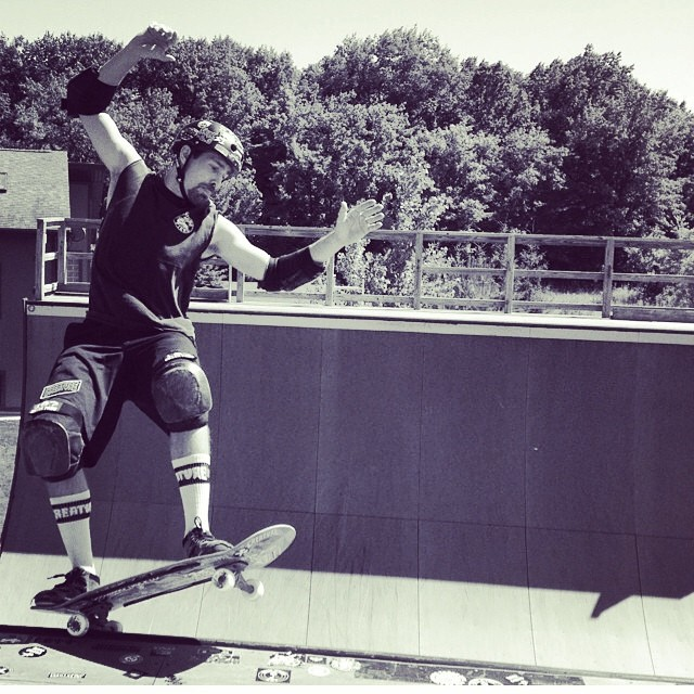 Regram @skeletonkeymfg @scizzorsman wears the S1 Lifer Helmet  #skateboarding