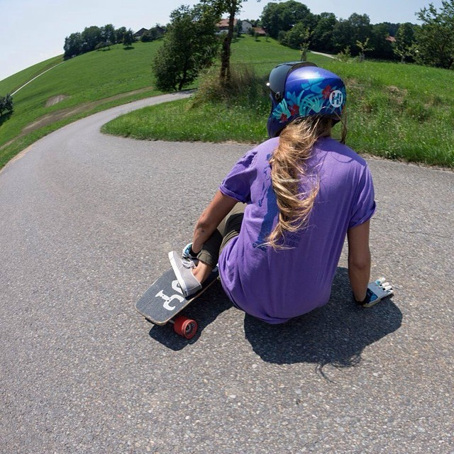 Our girl @manolitamade skating alternative roads in Almabtrieb last week in Germany. Miss you buddy! @mattkienzle photo #longboardgirlscrew #girlswhoshred #almabtrieb