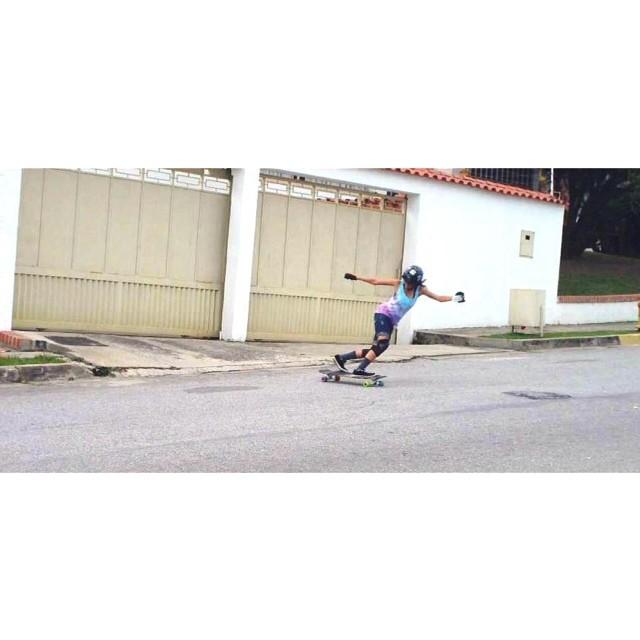 Go to www.longboardgirlscrew.com and check #Venezuela rider Ana Rodriguez. She rips! #longboardgirlscrew #girlswhoshred