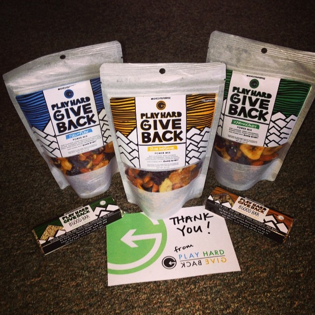 #High5ives to @playhardgiveback for supporting the @hi5sfoundation | A percentage of each Power Mix bag sold is donated to support #HighFivesAthletes | Thank you #PHGB Athletes @marcolikesit and @kylesmaine for your efforts to affect positive change!