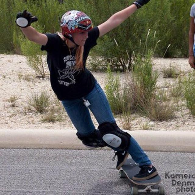 #LongboardGirlsCrew USA's Hannah Matetzschk. Kameron Denman snap #girlswhoshred