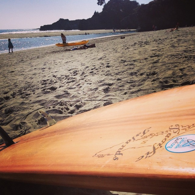 "Waiting out the high tide lull at my fav Mendocino ""secret spot"" , with new fav summer wave slayer - a hollow wooden surfboard  called the ""Roundo"" from master woodsman Chet Frost @pacificislandssurfboards .  Any guesses where this river mouth spot..."