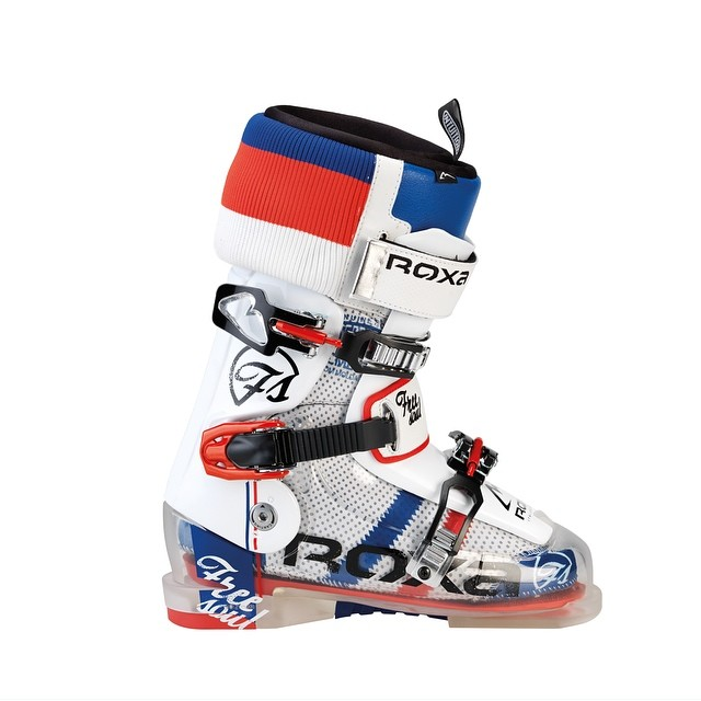 Here is the red, white and blue #freesoul10 that we mentioned yesterday, who is picking up a pair this season? #getsome #summersucks #skiing #freestyle #roxa