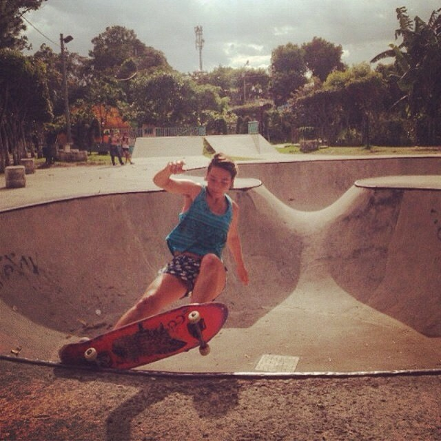 Team rider Yvonne Byers--@yvonzing tapping coping at a janky pool in San Salvador.  Get it girl! Bonzing!
