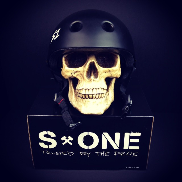Great Fit + Certified Protection = the #S1 #Lifer #Helmet . Protect Your #Skull . #happyhalloween !!!!!!